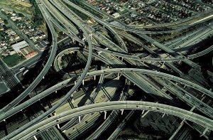 Cea-mai-complicata-transbordare-rutiera-din-lume-Intersectia-Judge-Harry-Pregerson-Los-Angeles